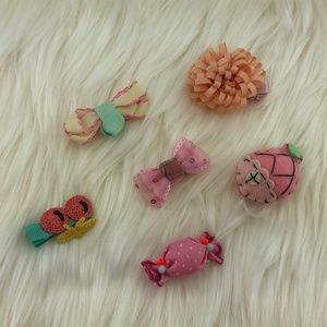 Other - NWOT set of Hair bow Clips